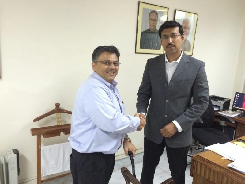 Pranav with MoS IB Shri Rajyavardhan Rathore ji